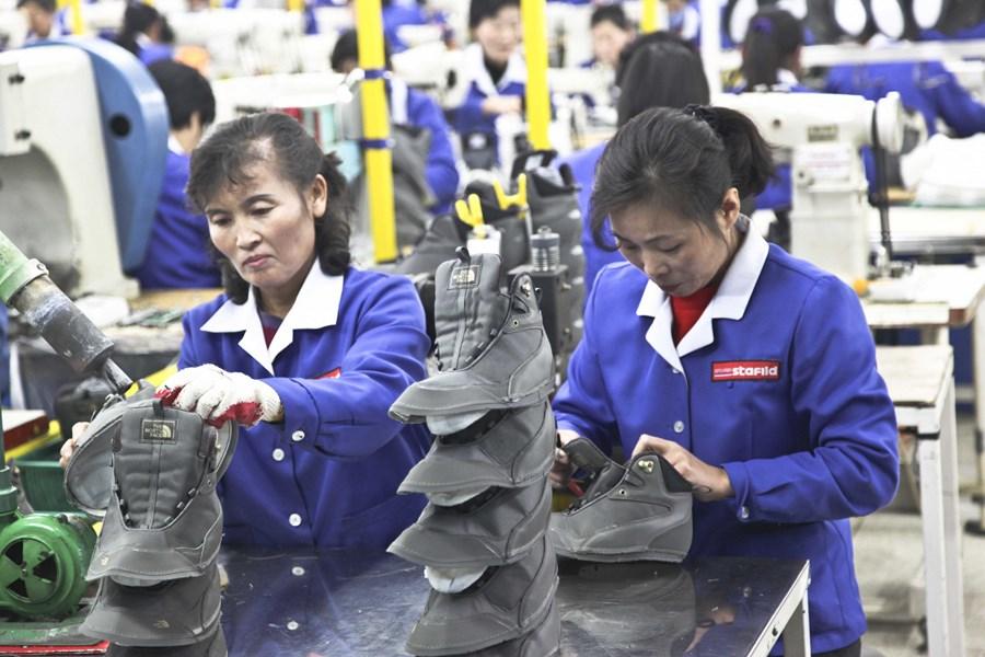 Рабочим из КНДР больше не выдают разрешения на работу